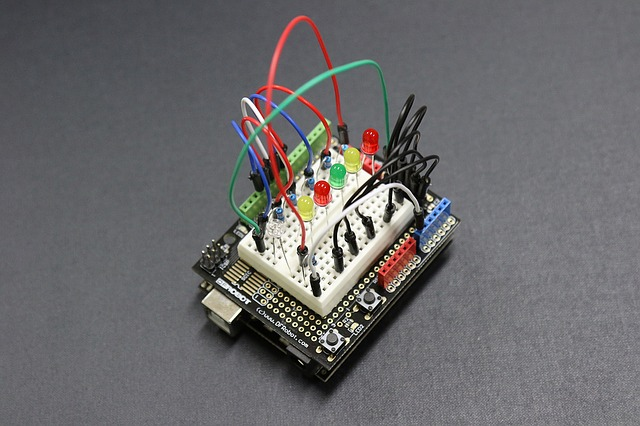 Das ONLINE - Elektroniklabor